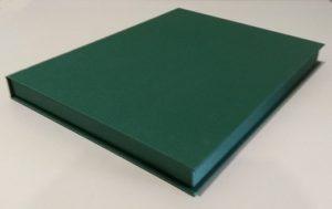 Коробка под плакетку. Переплетный картон, дизайнерская металлизированная бумага